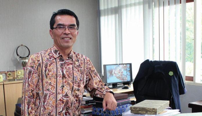 KatolikTimes_Mangadan-Situmorang-PhD-Rektor-UNPAR