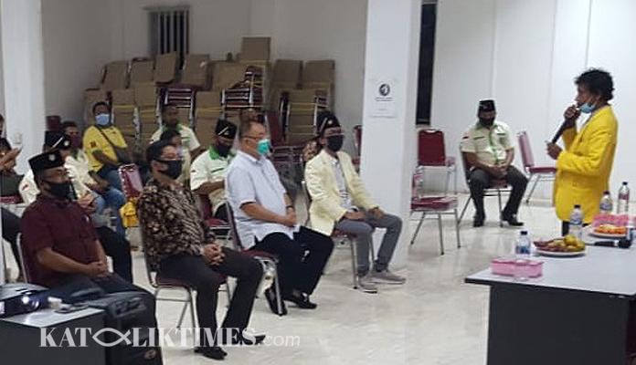 DISKUSI PEMUDA KATOLIK, KOMDA KEPRI AJAK MENCINTAI PRODUK INDONESIA