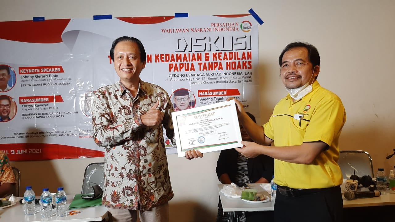 PEWARNA INDONESIA GELAR DISKUSI HYBRID TENTANG KEDAMAIAN DAN KEADILAN DI TANAH PAPUA TANPA HOAKS